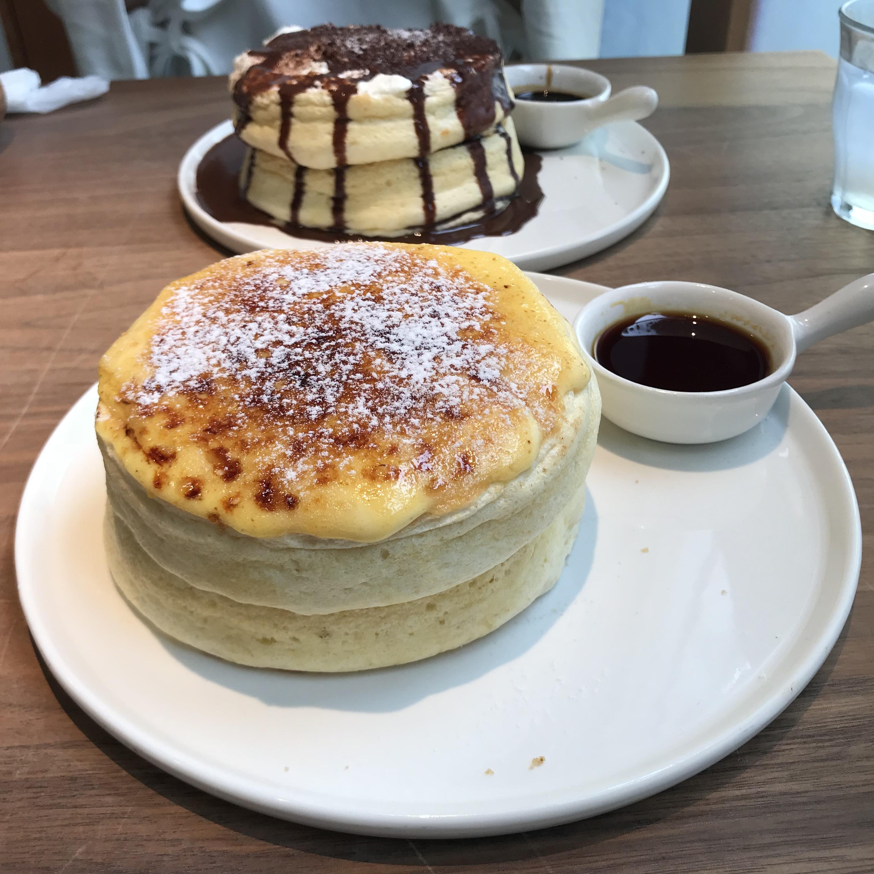 幸せを運ぶパンケーキ